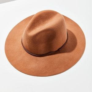 NWT UO Wool Western Hat